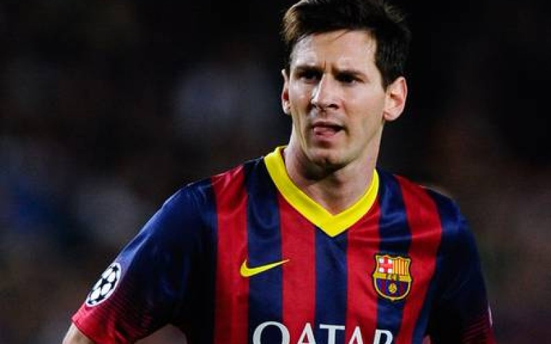 Messi hat-trick helps Barca beat Osasuna 7-0