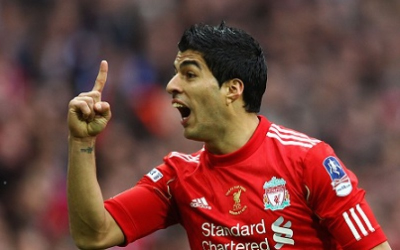 Liverpool beat United to go second