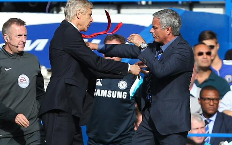 Mourinho hits out at Wenger once again