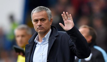 Mourinho's name rights delaying United deal