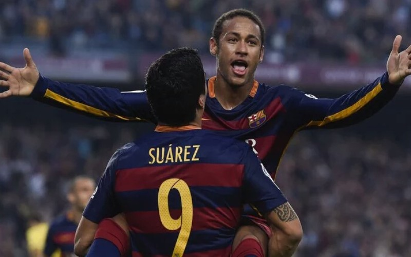 Barcelona dominates El Clásico with 4-0 win against Real Madrid