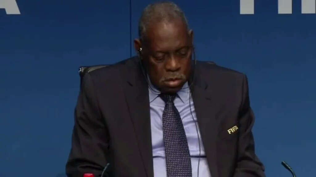 Video: Watch interim FIFA president Issa Hayatou sleeping during press conference
