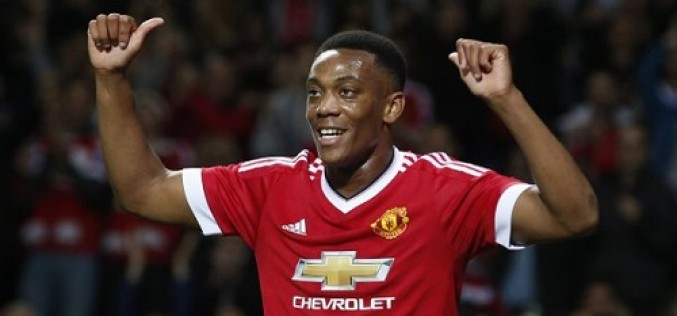 Man U deny  Leicester City early title celebrations, Liverpool lose at Swansea