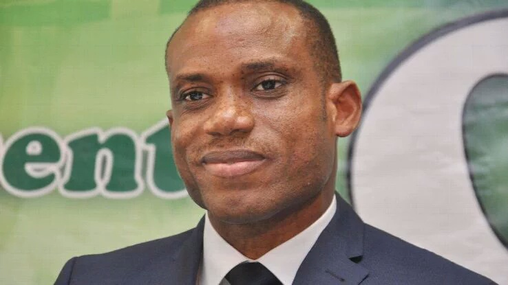 Sunday Oliseh quits as Nigeria coach
