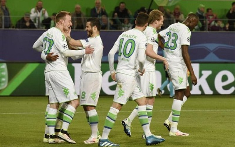 PSG and City draw as Wolfsburg shock Real Madrid
