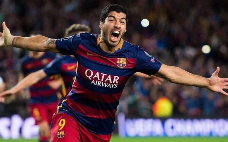 Suarez seals La Liga title for Barcelona with hat-trick