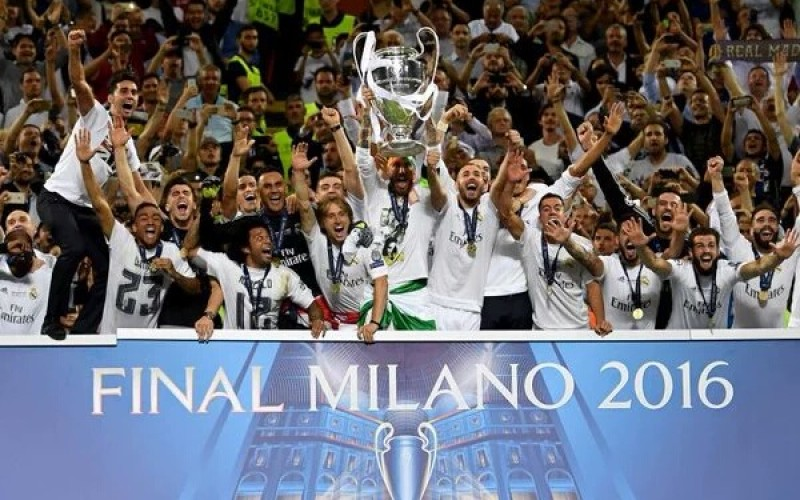 Real Madrid clinch Champions League trophy