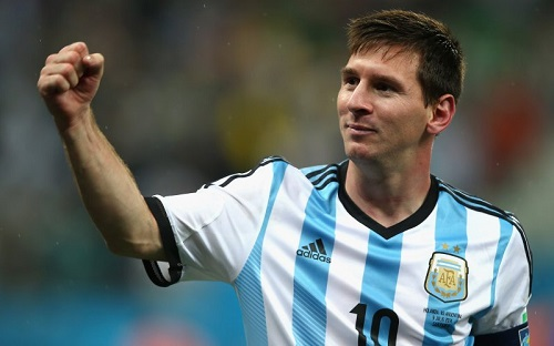 Messi breaks Argentina record