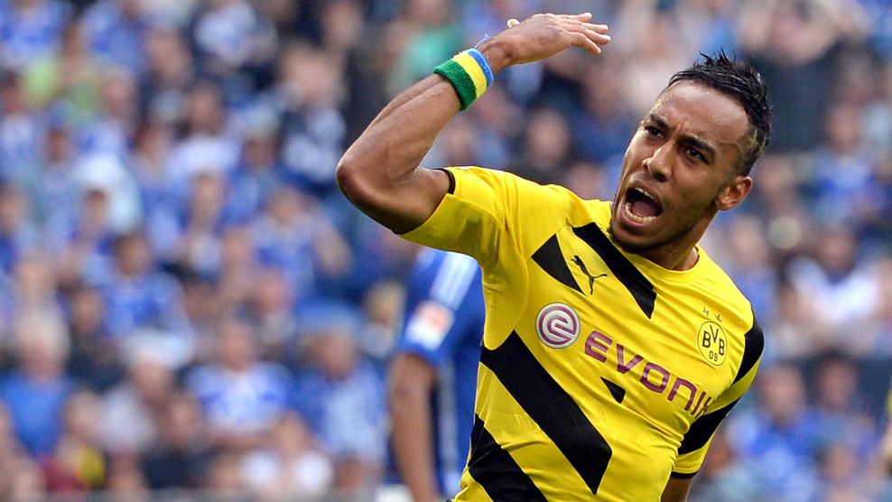Borussia Dortmund thrash Man United in friendly