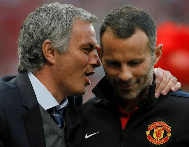 Giggs says goodbye to Manchester United