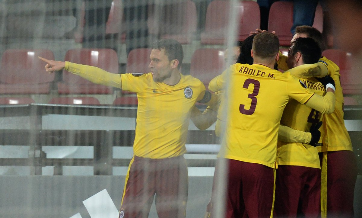 Nhamoinesu fires Sparta Prague into Europa Knockout stage