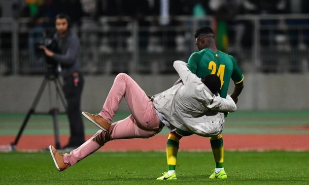Pitch Invasions End Senegal-Ivory Coast Friendly Match Early